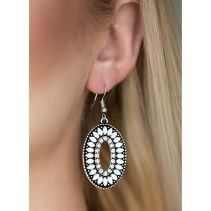 Paparazzi - White - Earrings - #526